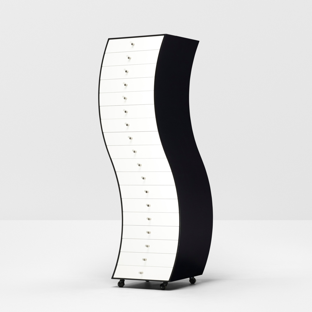 capp00120002902_cappellini_curved_chest_1_6b53c8e5325071a84aeced5f62a98889