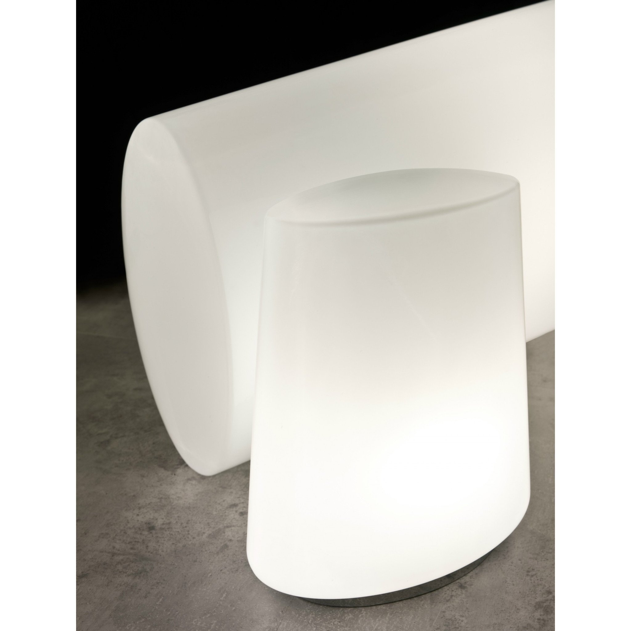 pent02000000009_pent02000000010_penta_polar_big_table_lamp_1_4959d2e58f076f30a574b2b429fd1e1c