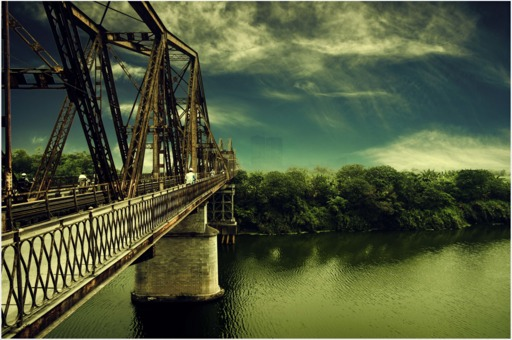 long-bien-bridge-2104906