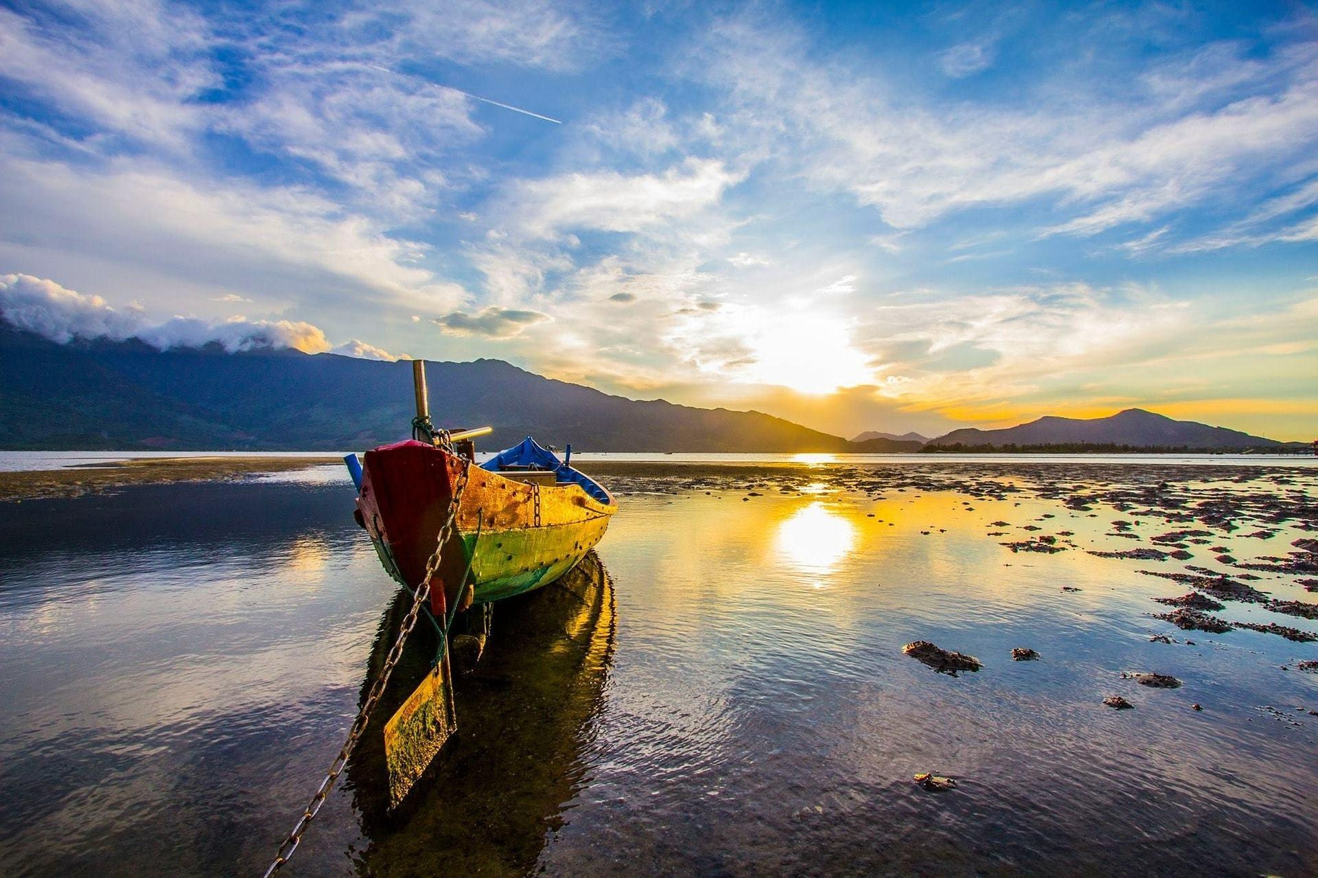 sunset-2136629_1920-min