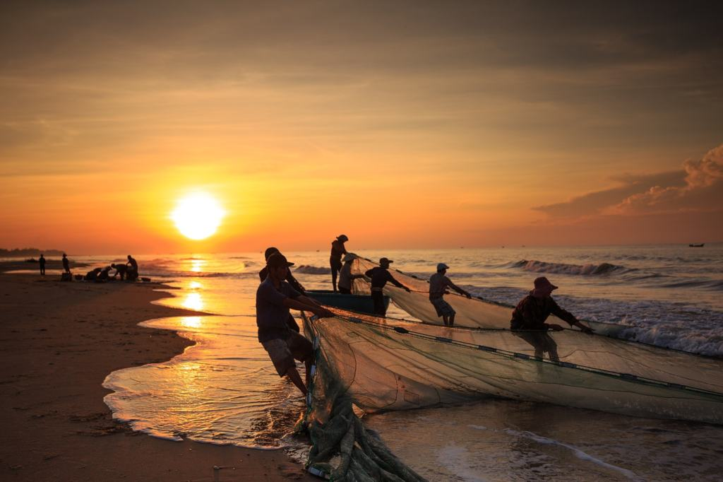 the-fishermen-3039591_1920-min