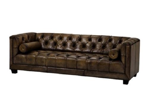 Sofa Raffine 02L được thiết kế tỉ mỉ với lớp da nhân tạo cao cấp