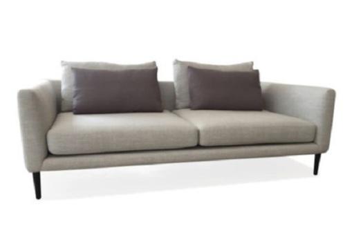 Ghế Sofa Venosa 02 phong cách Châu Âu cho nội thất căn hộ hiện đại