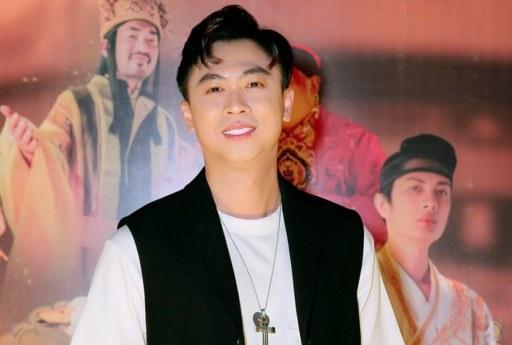 Ho_Viet_Trung_5_