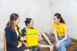 Hoa hau Khanh Van tham nan nhan chat doc da cam tai thanh pho Vinh56