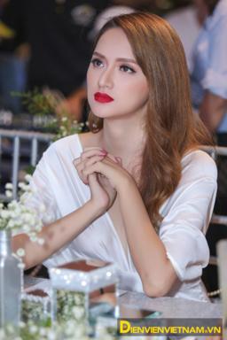 huong-giang-idol7