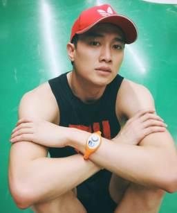 Quoc_Truong_body_6_mui_2