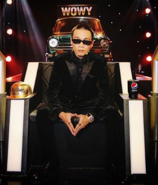thoi_trang_wowy_nguyen_vong_doi_dau_rap_viet_2020_03_suit_1