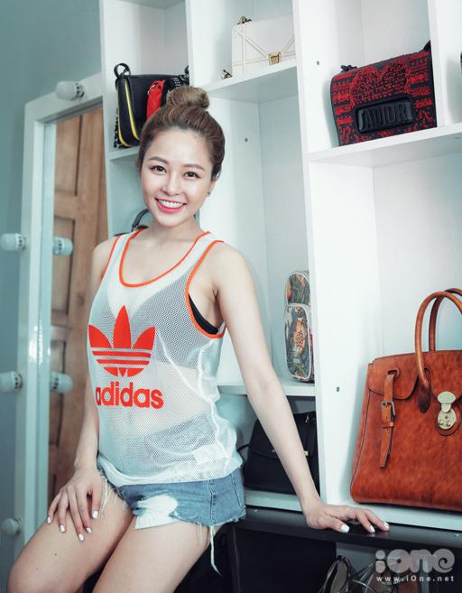 tu-do-hang-hieu-cua-hot-girl-t-1687-8301-1538470239