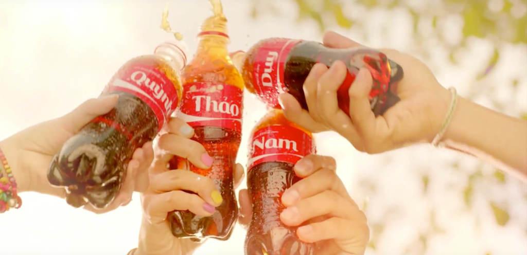 Trao Coca Cola – Kết nối bạn bè